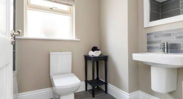 the-rowan-bathroom-02